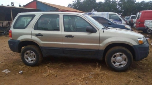 2006 Ford Escape Manual For Sale 38 1