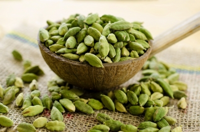 Top 18 cardamom health benefits and cardamom uses