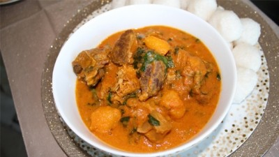 Miyan Taushe and Tuwo Shinkafa : ( Details How to make it )